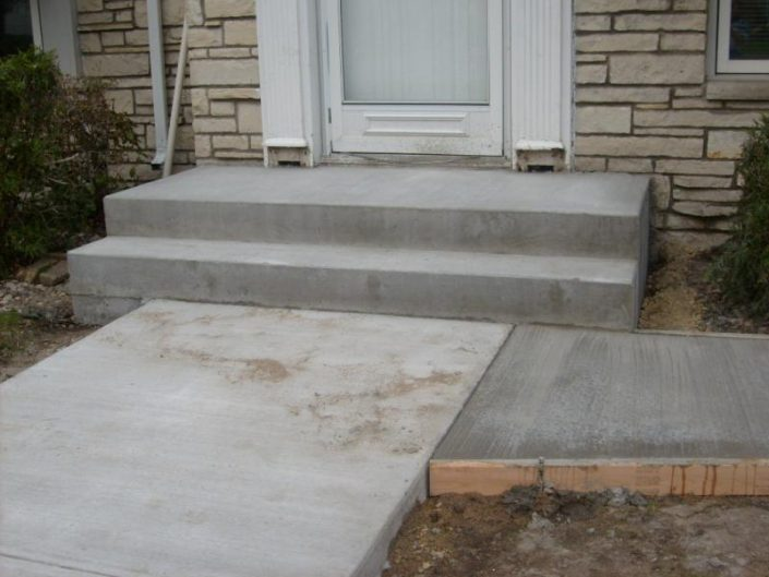 concrete repairs stairs and sidewalk