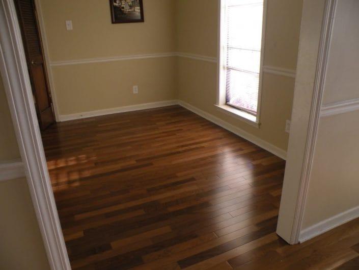 Brazilian-Walnut-Hardwod-Flooring-1030x773