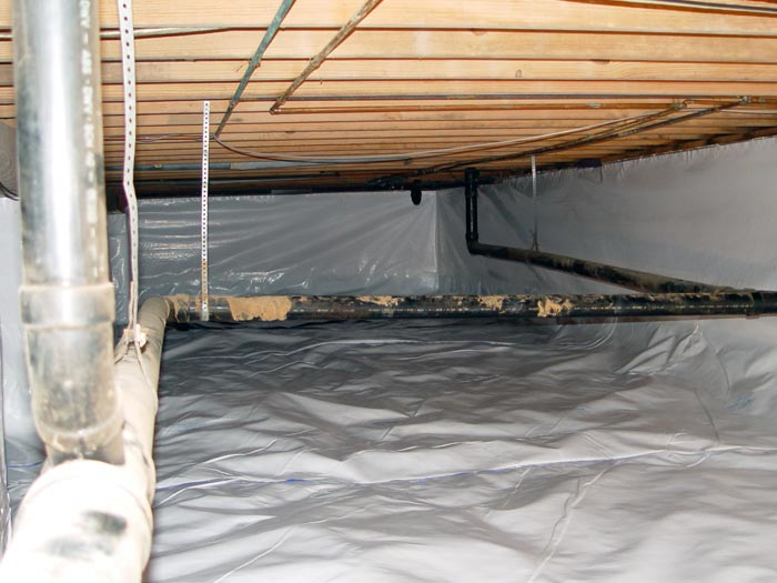 narrow-sealed-crawl-space-lg